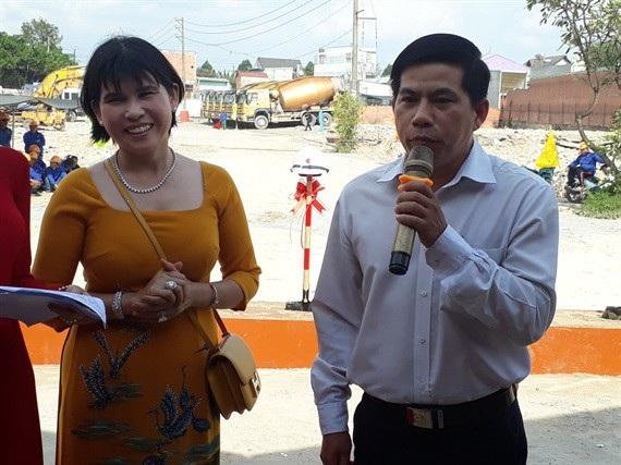 Ông Tô Quang Vinh, Chủ tịch UBND Phường Bình Chuẩn phát biểu tại buổi lễ