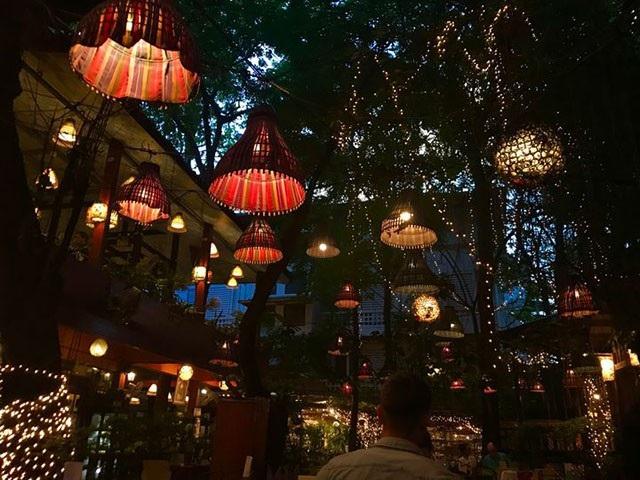 Đừng choáng nếu bắt gặp nhà hàng bao cao su này khi đi du lịch Thái Lan - 8