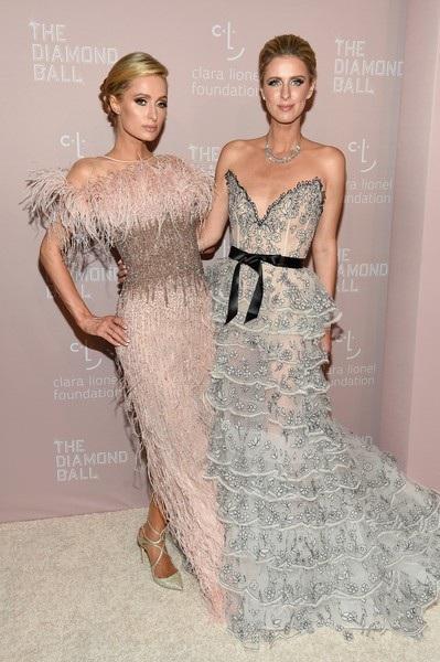 Paris Hilton và em gái Nicky Hilton