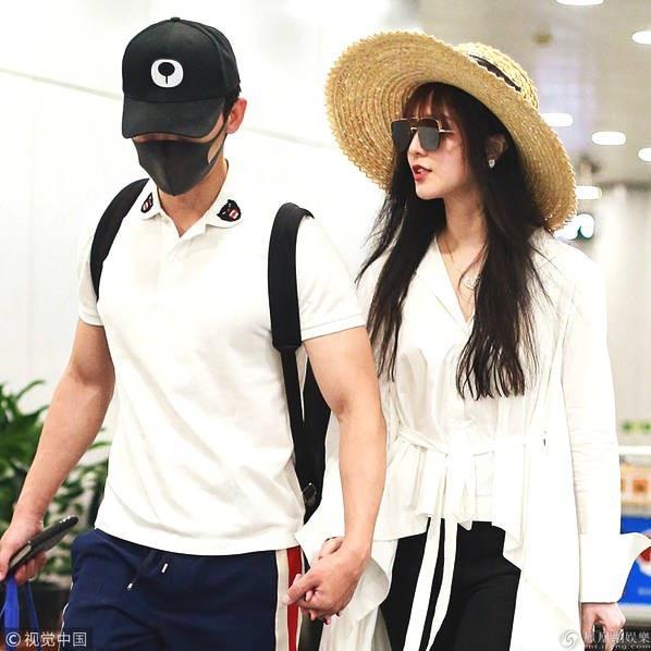 Phạm Băng Băng và Lý Thần xuất hiện cùng nhau tại sân bay, tháng 9/2018.