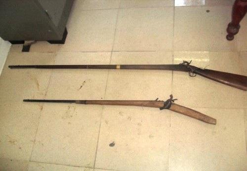 Nhóm đối tượng dùng súng kíp bắn kiểm lâm bị thương (ảnh minh họa)