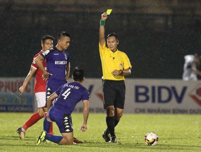 Trọng tài Trần Văn Lập bị treo còi đến hết V-League 2018