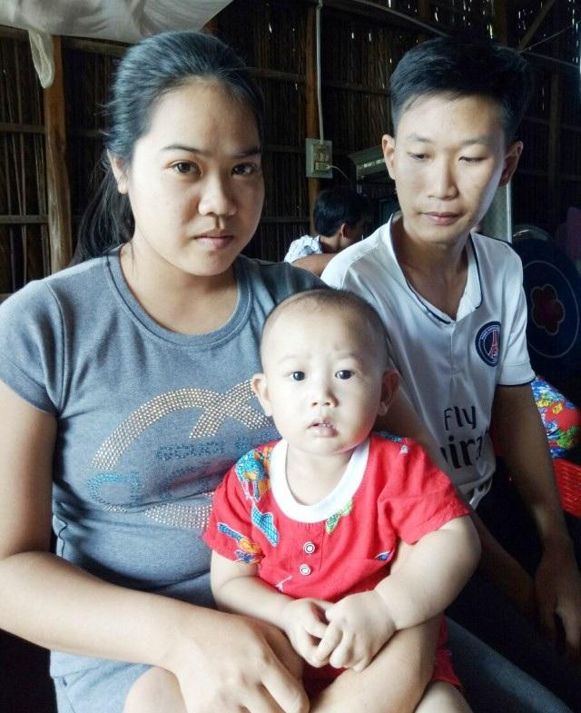 Nhờ sự hỗ trợ của bạn đọc báo Dân trí, gia đình cháu Võ Minh Khang đã có điều kiện để lo cho cháu.