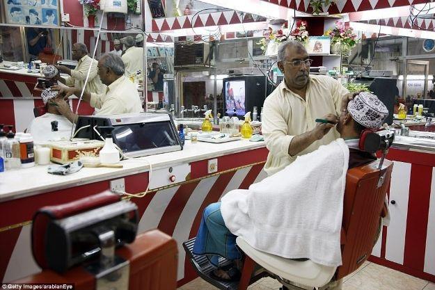 Những cái nhìn thoáng qua về tiệm hớt tóc trên khắp thế giới - 11