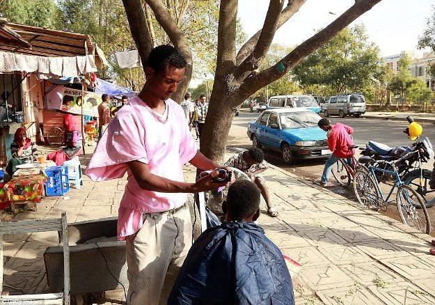 Những cái nhìn thoáng qua về tiệm hớt tóc trên khắp thế giới - 4