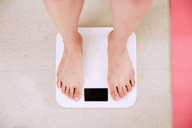 4 tình trạng bệnh có thể gây tăng cân đột ngột - 1