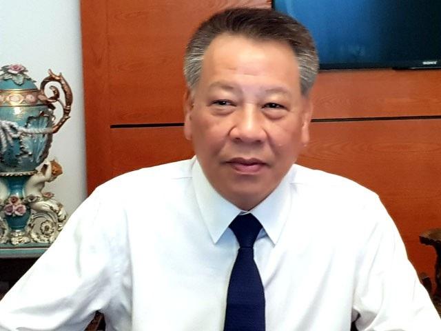 Giám đốc Sở Văn hóa, Thể thao Hà Nội, ông Tô Văn Động trả lời báo chí xoay quanh lễ hội âm nhạc ở Hồ Tây có 7 người tử vong. (Ảnh: Nguyễn Hằng)