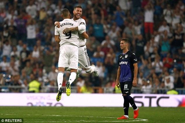 Niềm vui của Benzema và Sergio Ramos