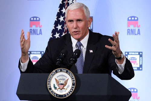Phó Tổng thống Mỹ Mike Pence sẽ tham dự các hội nghị châu Á quan trọng vào cuối năm nay Ảnh: REUTERS