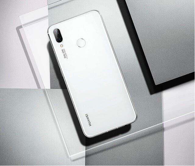 Huawei Nova 3i phiên bản màu trắng sắp lên kệ