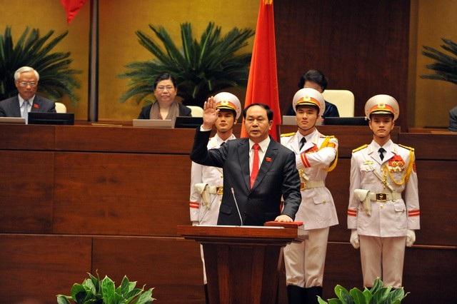 Ngày 2/4/2016, trên cương vị tân Chủ tịch nước Cộng hòa xã hội chủ nghĩa Việt Nam, ông Trần Đại Quang tuyên thệ trước Quốc hội (ảnh: Quang Phong)