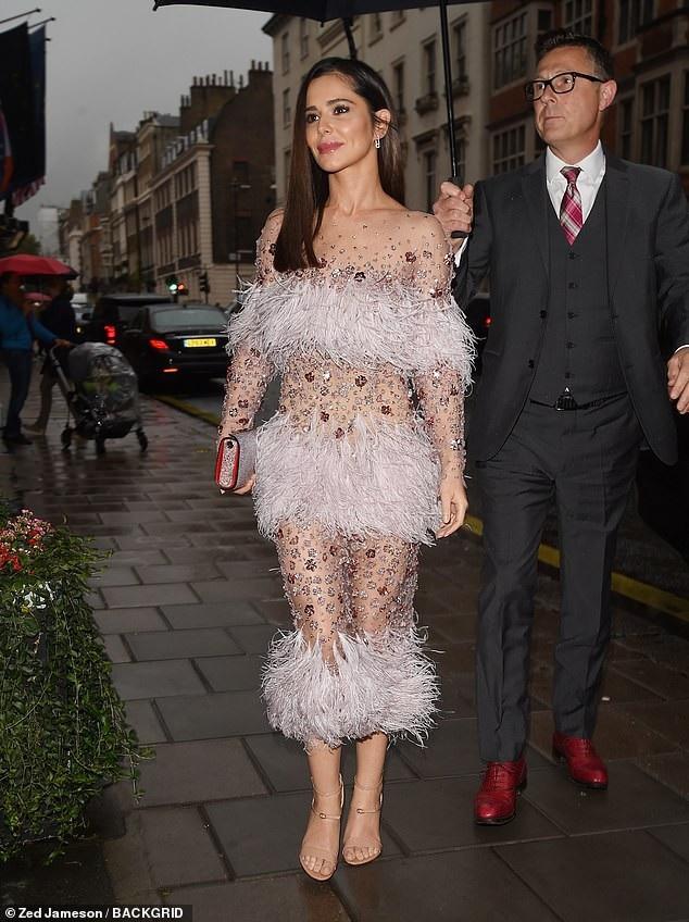 Cheryl vẫn vui vẻ và rạng rỡ sau khi chia tay bạn trai trẻ Liam Payne