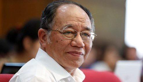 GS Hoàng Chí Bảo
