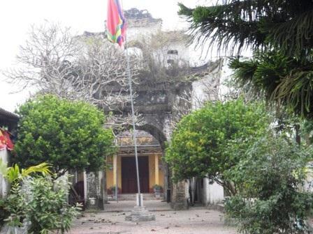 Nghênh Môn thời Lý trên vùng đất thuộc nền văn hóa khảo cổ sơ kỳ thời đại đồng thau Hoa Lộc, huyện Hậu Lộc, tỉnh Thanh Hóa được được chính quyền địa phương gìn giữ và bảo tồn (ảnh: Duy Tuyên)