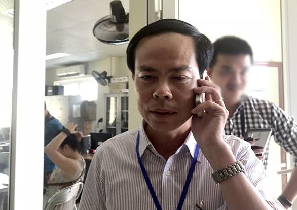 Ông Hoàng Đình Thanh - Phó trưởng Ban quản lý phụ trách chợ Long Biên