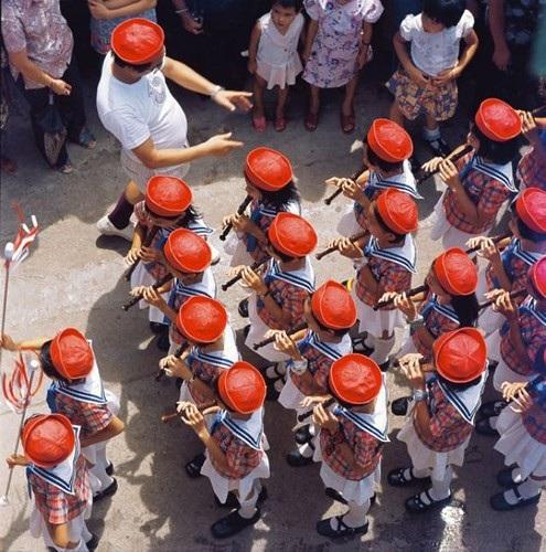 Ảnh đẹp về cuộc sống thường ngày ở Hong Kong những năm 1970 - 13