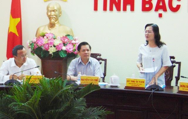 Bà Lê Thị Ái Nam- Phó Bí thư Thường trực Tỉnh ủy Bạc Liêu nêu một số kiến nghị về hạ tầng giao thông tại buổi làm việc với Bộ GTVT.