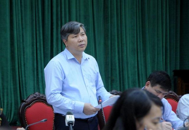 Ông Nguyễn Đức Hòa – Giám đốc Bảo hiểm xã hội TP.Hà Nội phát biểu tại buổi Giao ban báo chí Thành ủy Hà Nội chiều 25.9. Ảnh: T.A