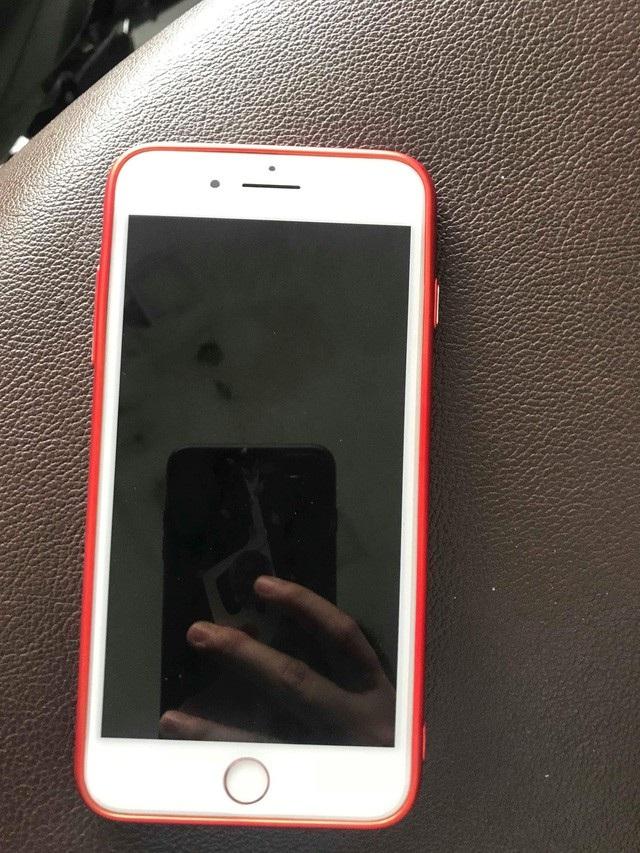 Chiếc điện thoại mà chị Thảo mang đi sửa chữa