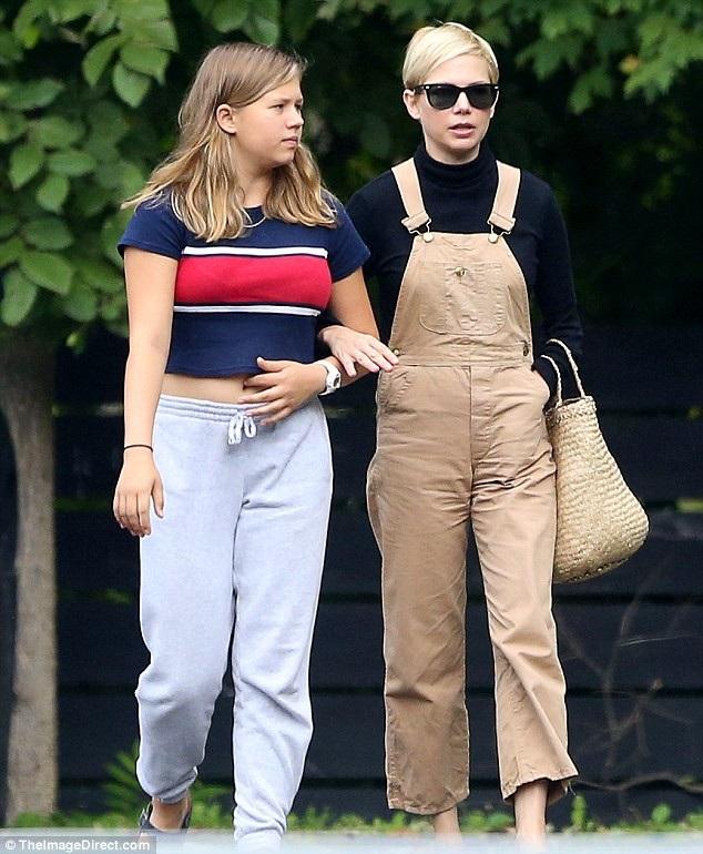 Matilda là kết quả tình yêu giữa Michelle Williams và nam diễn viên quá cố Heath Ledger. Heath Ledger qua đời khi con gái mới 2 tuổi
