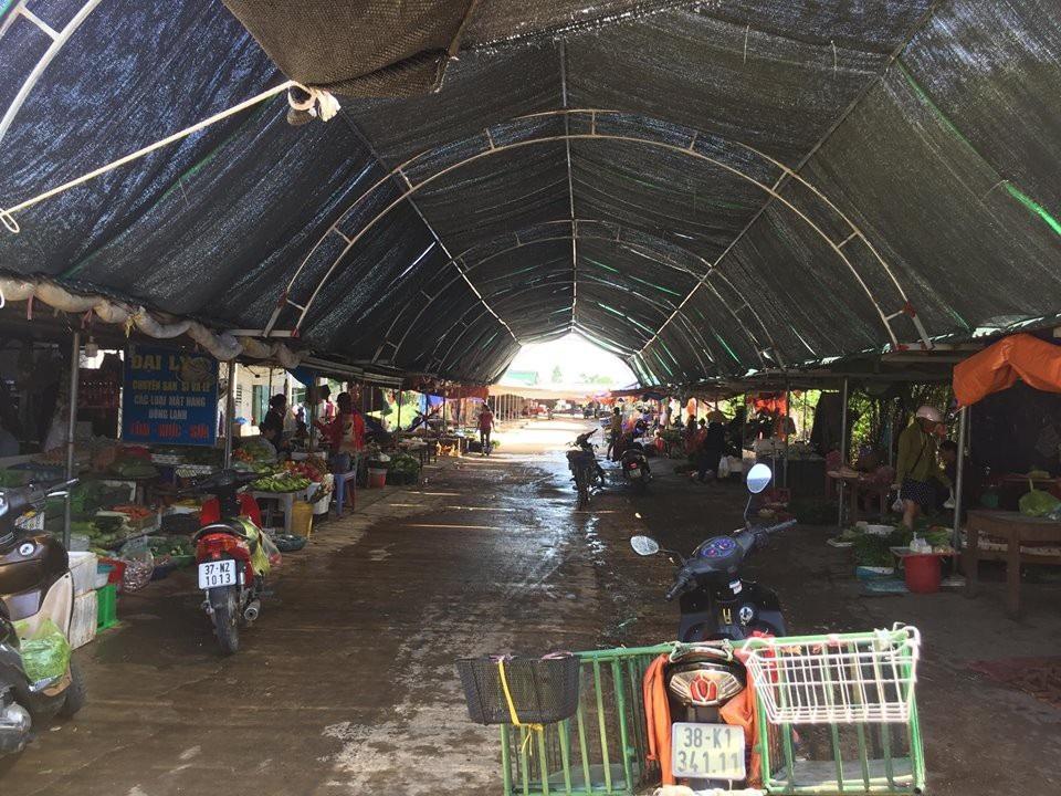 Hà Tĩnh: Hô biến đường dân sinh thành chợ để trục lợi - Ảnh 3.