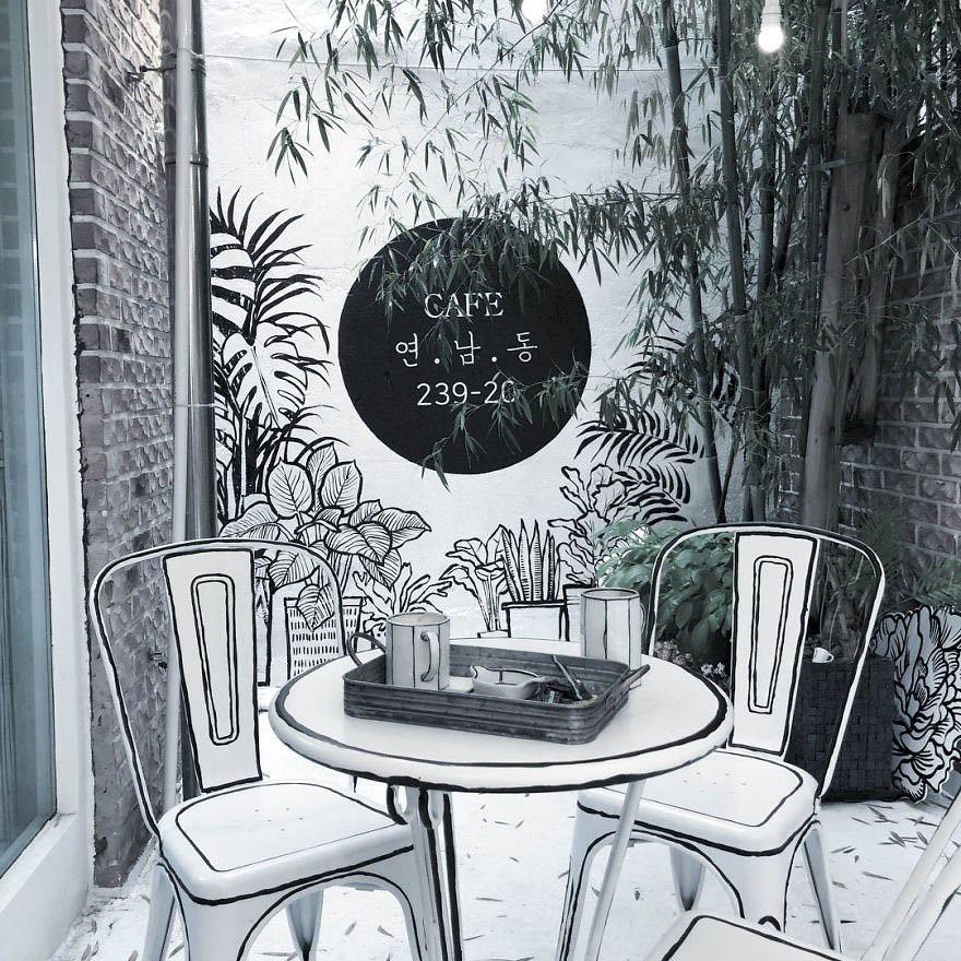Quán cà phê bước ra từ truyện tranh khiến giới trẻ tò mò - 6