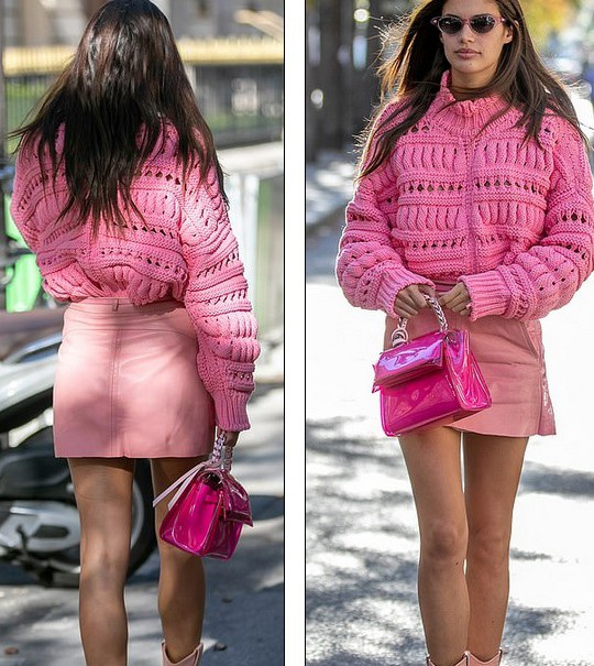 Trước đó Sara Sampaio diện cây đồ màu hồng đi dạo phố