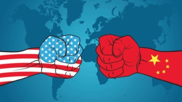 Chuyên gia cho rằng, Mỹ đã hi sinh nhiều lợi ích để dồn sức cho cuộc chiến thương mại với Trung Quốc.