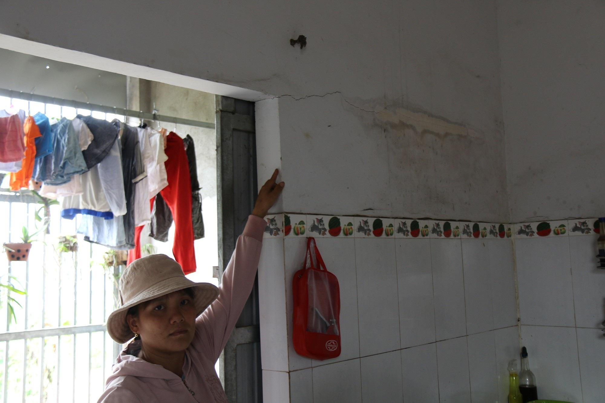 Thủy điện của vợ phó giám đốc Sở nổ mìn làm hỏng nhà dân: Chây ỳ đền bù? - Ảnh 3.