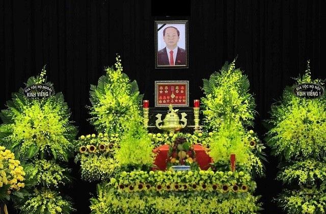 Lãnh đạo các địa phương của Lào bày tỏ, Chủ tịch nước Trần Đại Quang là một người bạn lớn của nhân dân các bộ tộc Lào.