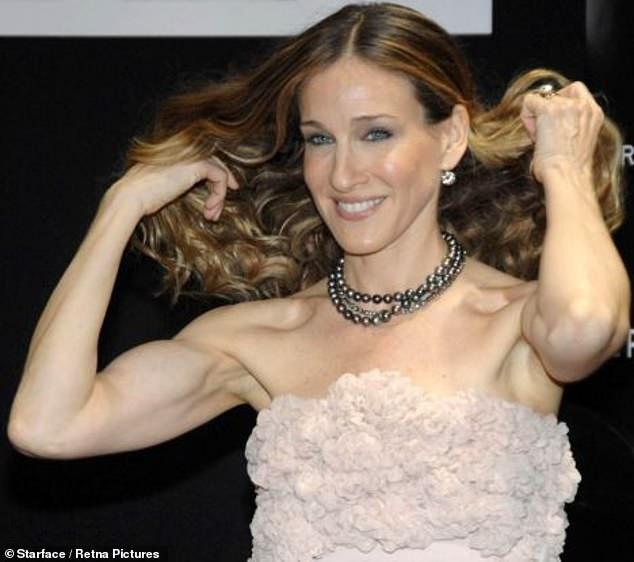 Nữ diễn viên Sarah Jessica-Parker đã ở tuổi 53 nhưng vẫn tích cực luyện tập thể hình.