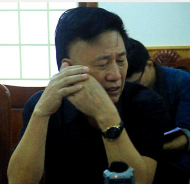 Nguyễn Xuân Nguyên - Giám đốc Công ty TNHH Đại Nguyên Dương đã bật khóc tại cuộc họp khi ngư dân yêu cầu công ty phải bồi thường tất cả các khoản theo đề nghị.