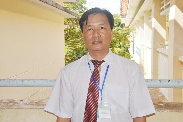 Nhà giáo ưu tú Trần Thanh Bình.