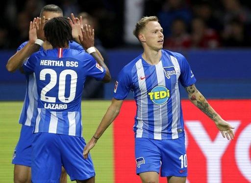 Hertha Berlin đã khiến gã khổng lồ bóng đá Đức tê liệt