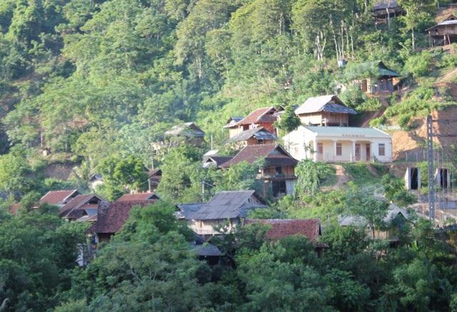 Bản làng Tương Dương từng bước khởi sắc