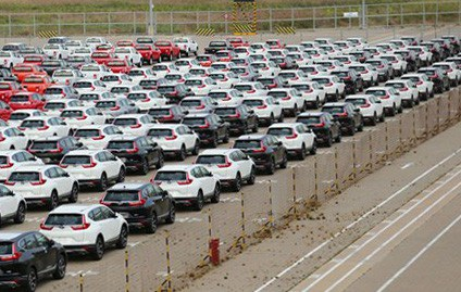 Nhập khẩu ôtô lập kỷ lục mới - 1