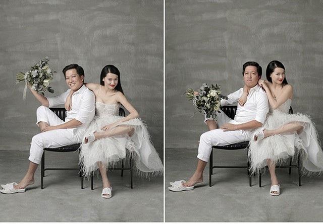 Trường Giang còn mang phong cách hài hước của diễn viên hài vào trong bộ ảnh của hai vợ chồng khi chọn đôi dép tông - dép mà Trường Giang thích mang nhất để có một tạo hình khác lạ, bất ngờ.