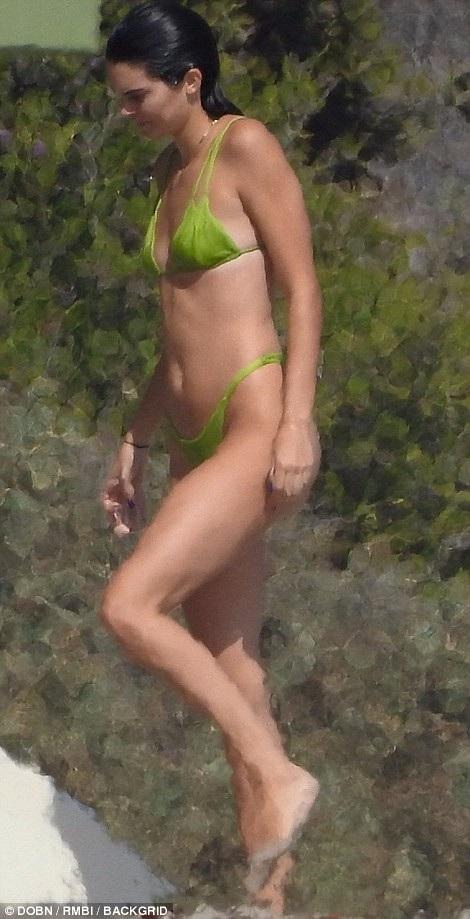 Kendall Jenner là siêu mẫu đình đám thế giới hiện nay