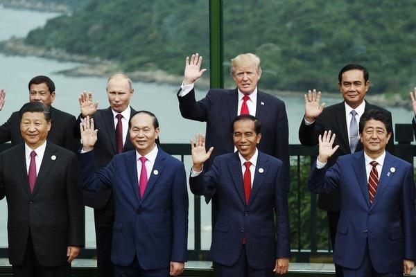 Tổng thống Trump dự hội nghị APEC tại Việt Nam năm 2017 (Ảnh: AFP)