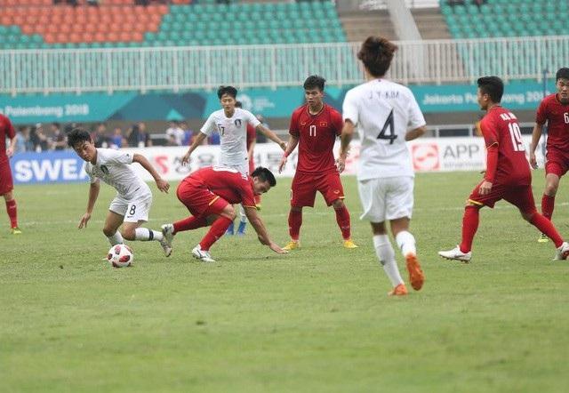 Văn Thanh (17) chơi trọn vẹn cả 7 trận đấu của Olympic Việt Nam tại Asiad 2018