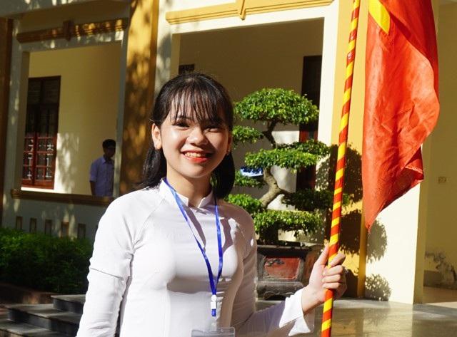 Trở thành học sinh Trường THPT chuyên Phan Bội Châu, các nữ sinh thường sở hữu bảng thành tích đáng nể trong quá trình học
