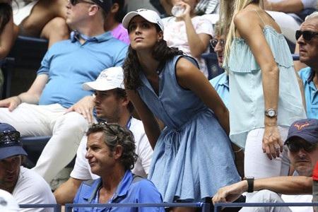 Bạn gái Nadal lúc nào cũng có mặt trên khán đài cổ vũ