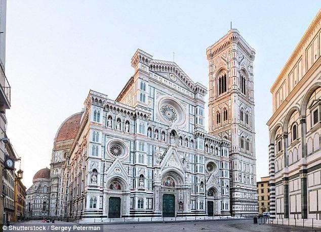 Nhiều thành phố ở Italy đang có biện pháp cứng rắn với du khách