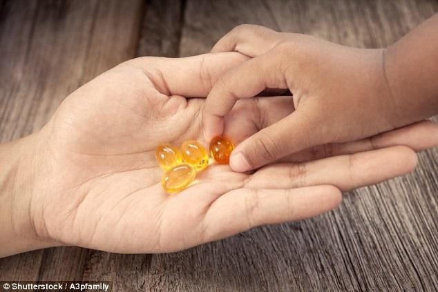 Con của những người mẹ uống dầu cá bổ sung trong khi mang thai tiếp tục tăng cân khỏe mạnh hơn những đứa trẻ khác trong 6 năm đầu đời, nghiên cứu mới cho thấy