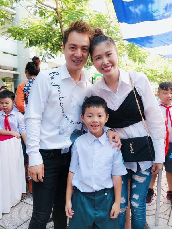 Sao Việt khoe ảnh đưa con đi học ngày khai giảng - 5