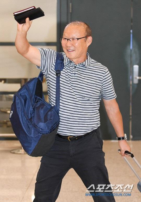 HLV Park Hang Seo sẽ có 3 tuần nghỉ ngơi tại Hàn Quốc