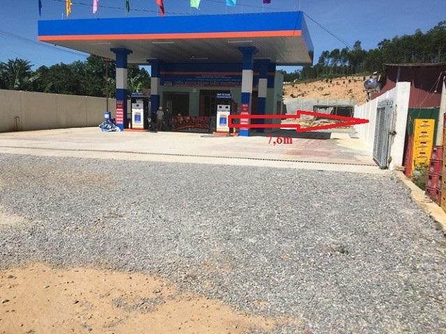 Quảng Bình: Người dân bất an vì cây xăng dầu quá gần nhà - Ảnh 3.