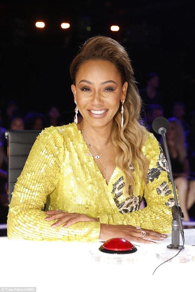 Sau khi rời tòa, Mel B tới thưởng trường quay chương trình Americas Got Talent để làm giám khảo.