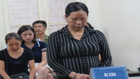 Bị cáo Trần Thị Kim Phượng tại phiên tòa xét xử