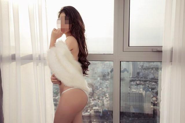 Thông tin mới nhất là cơ quan cảnh sát điều tra Công an TPHCM vừa triệu tập thêm 1 Á hậu để lấy lời khai. Cô Á hậu này được biết đến là người đẹp đoạt giải Á hậu trong cuộc thi sắc đẹp tại Đài Loan diễn ra vào năm 2017.
